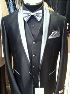 I absolutely LOVE this tux!