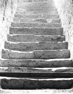 Stairs to Tutankhamen's tomb marches