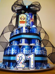 For my Dad!!! Beer cake! Love it! Perfect for Father's Day / Birthday !!!!