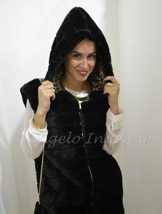 TWEET, un vero toccasana per chi ama la #moda. In questa foto indosso l'eco pelliccia di Gio Cellini di cui mi sono subito innamorata   http://www.elynsgrin.com/a-pensarci-benee-stata-una-follia/