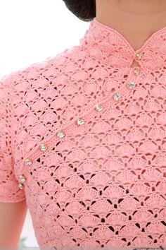 Fabulous Crochet a Little Black Crochet Dress Ideas. Georgeous Crochet a Little Black Crochet Dress Ideas. Black Crochet Dress, Crochet Lace, Crochet Stitches, Knitting Patterns, Crochet Shirt, Crochet Cardigan, Style Chinois, Diy Crafts Crochet, Crochet Baby Dresses