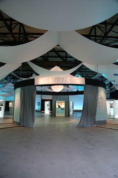 Les coulisses de l'#ExpoWave, installée à Marseille, du 20 au 29 mars 2015 :: http://www.wave-innovation.com/