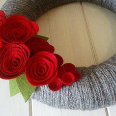 Felt Flower Wreath / Floral Wreath / Yarn / Farmhouse / Modern   Etsy Felt Flower Wreaths, Felt Wreath, Diy Wreath, Floral Wreath, Yarn Wreaths, Door Wreaths, Felt Roses, Felt Flowers, Crocheted Flowers