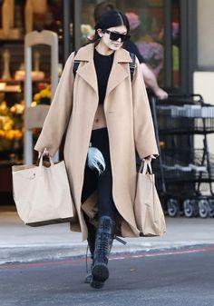 Style Kylie Jenner, Kendall E Kylie Jenner, Nails Kylie Jenner, Kylie Jenner Outfits, Kris Jenner, Estilo Kardashian, Kardashian Style, Susanna Boots, Estilo Jenner