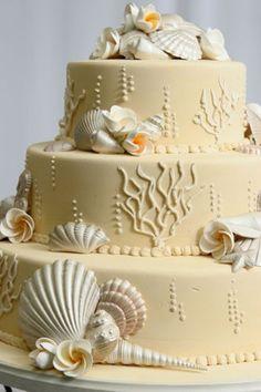 Beach Wedding Cake Ideas ♥ Wedding Cake with Edible Sugar Sea Shells   Deniz Kabuklari ve Ciceklerle Suslu Ozel Tasarim Dugun Pastasi