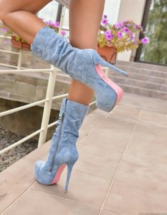 These are lovely naughty boots! #highheelbootsoutfit