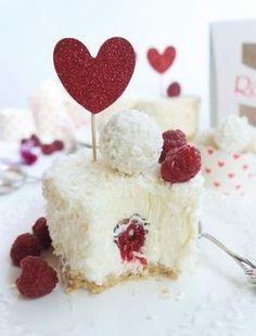 Raffaelo-Cheesecake Raffaelo-Cheesecake Related posts: A heart for cheesecake – with white chocolate and raspberries Die Double Chocolate Cheesecake Muffins schmecken wie bei Starbucks Cremige Cake Pops mit Cheesecake Baileys Irish Cream Cheesecake Strawberry Cheesecake Cupcakes, Mini Oreo Cheesecake, Chocolate Cheesecake, Cheesecake Recipes, Cupcake Recipes, Dessert Recipes, Cupcake Cupcake, Cheesecake Brownies, Dessert Simple