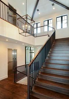 2-story Foyer w/ Staircase