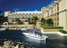 The Ritz-Carlton, Grand Cayman, Cayman Islands, Periwinkle-Dock