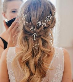 Bridal Hair Half Up Braid Romantic Hairstyles Ideas Romantic Hairstyles, Braided Hairstyles For Wedding, Bride Hairstyles, Teenage Hairstyles, Beautiful Hairstyles, Romantic Wedding Hair, Wedding Hair Down, Boho Wedding, Wedding Flowers