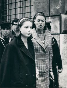 Ingrid Bergman and Isabella Rossellini    Maria Guidos-Albert via Marcelle Guidos onto Early remembrances caught in picture- Famous or stars or people of the world.....   (Like Mom, like daughter... & u jst know tht Isabella is being reprimanded on proper behaviour ~ in the old European manner! Yes?) ~js