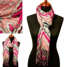 Sjaal met zigzagmotief.   http://www.sjaals4you.nl/sjaal-met-zigzagmotief-22832474.html   #sjaal #zigzag #mode #zomer #fashion #trendy #sjaals4you