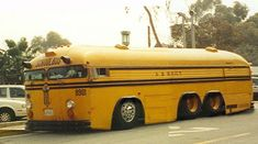 Bus Stop Classic: Crown Motor Coaches – California Royalty Cool Trucks, Big Trucks, Cool Cars, Classic Trucks, Classic Cars, Bus Camper, Campers, Offroader, Rat Rods