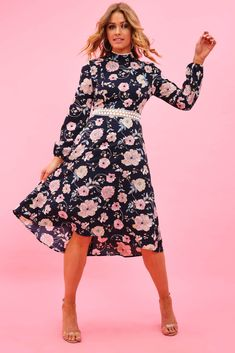 £17.50 Black Floral Midi Skater Dress  floralskaterdress  midiskaterdresses   partyskaterdress  summerfshionskaterdress   5bbbff990