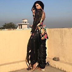 """687 Likes, 37 Comments - Navi Dhaliwal (@navi__dhaliwal) on Instagram: """"Phullan wala suit """""""