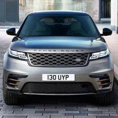 Ranger Rover Velar 2018 Novo SUV da Land Rover chega como quarto modelo da família Range Rover e oferece visual aprimorado com proporções equilibradas maçanetas retráteis e aerofólio traseiro integrado; tudo para melhorar a aerodinâmica. O nome 'Velar' remonta um modelo dos anos 60 da marca.  O Range Rover Velar oferece seis opções de motores desde 2.0 de 180 cv Ingenium a diesel e com potência máxima no 3.0 V6 de 380 cv a gasolina. Nesse último caso acelera de 0 a 100 km/h em 5.7s com…