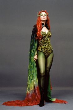 Batman and Robin movie: Poison Ivy actress Uma Thurman … Poison Ivy Cosplay, Poison Ivy Costumes, Mia Wallace, Costumes Sexy Halloween, Cosplay Costumes, Adult Costumes, Woman Costumes, Couple Halloween, Marvel Costumes