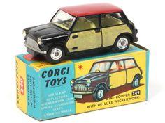 Mini Morris Corgi toys toit rouge flancs cannage Mini Cooper Noir, Mini Morris, Corgi Toys, Kit Cars, Classic Mini, Antique Toys, Courses, My Childhood, Diecast