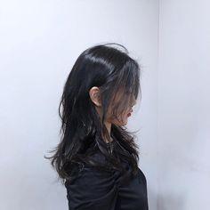 Medium Hair Styles, Short Hair Styles, Hair Color Shades, Layered Hair, Hair Designs, Hair Inspo, Mid Length, Hair Ideas, Black Hair