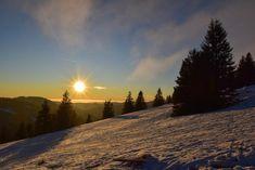 Die schönsten Ausflugsziele im Schwarzwald im Winter Seen In Baden Württemberg, Celestial, Sunset, Winter, Outdoor, Families, Road Trip Destinations, Mountains, Winter Time