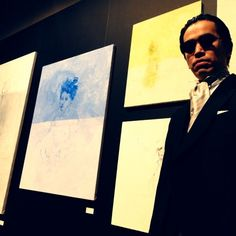 2012-12-08 02:10:50  byユキさんの ブログhttp://ameblo.jp/y12---yuki/entry-11422499195.html「マイペースマイペース。。」『秋に青山のスパイラルビルであった画廊の展示会に行って来ました。今回東京画廊からは宮澤男爵とゆう方が出てました。燕尾服でビシッ!と決めた彼のカットとセットをやらせてもらいました☆ちなみにサングラスも貸してみました( ´ ▽ ` )ノほんとはすごくピュアで繊細すぎる素敵な絵を書くんですけど、今回ギャップでいこう!との事で気持ちよくグリースでオールバックです。笑 よくにあってナイスです☆ 絵も鉛筆のほんとに細く薄い線で描かれたずっと見れられる、是非写真でなくて目の前で見たい作品がたくさんあります。 最高の作家、宮澤男爵、気になったらチェックしてみてください(=´∀`)人(´∀`=』