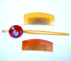Vintage hair combs 3 Japanese geisha kanzashi by ElrondsEmporium, $38.00