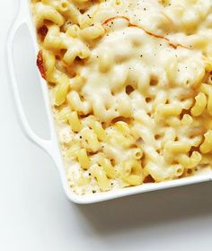 Make-Ahead Mac and Cheese | RealSimple.com