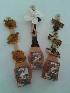 Ημερολόγια Christmas Crafts For Kids, Christmas Time, Christmas Gifts, Christmas Ornaments, Educational Crafts, Xmas Decorations, Decoupage, Diy And Crafts, Merry