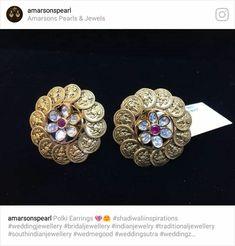 Gold Earrings Designs, Gold Jewellery Design, Bead Jewellery, Jewelry Art, Indian Jewelry Sets, Antique Earrings, Jewelry Patterns, Diamond Studs, Bridal Jewelry