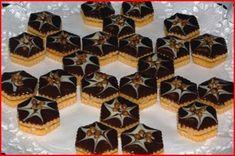 Vánoční cukroví :: Jiříkova kuchařka Czech Recipes, Holiday Cookies, Sweet Desserts, Christmas Baking, Mini Cupcakes, Baked Goods, Baking Recipes, Cheesecake, Food And Drink