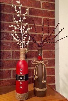 DIY Christmas decorations craft ideas with wine bottles, reindeer decorations tinker with children . - DIY Christmas decorations craft ideas with wine bottles, reindeer decorations tinker with children - Wine Bottle Vases, Wine Bottle Crafts, Bottle Art, Bottle Labels, Wine Decanter, Medicine Bottle Crafts, Beer Bottles, Lighted Wine Bottles, Glass Bottle