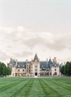 They wed at the Biltmore Estate George Vanderbilt's 1889 château in the Blue Ridge Mountains. #destinationwedding #destination #wedding #united #states