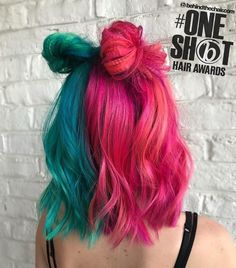 We're still obsessed with this look by from our Pulp Riot lab with and ✨ We're still obsessed with this look by Ashley Sutherland.hair from our Pulp Riot lab with RubyDevine devine and ✨ Ashley Sutherland. Pastel Hair, Pink Hair, Pastel Mint, Pastel Colors, Mint Green Hair, Split Dyed Hair, Half Dyed Hair, Pelo Multicolor, Half And Half Hair