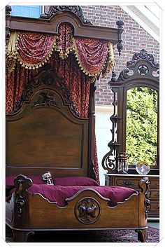 Exceptional Victorian Rococo Rosewood Half Tester Bedroom Set I could sleep so soundly in this bed Victorian Bedroom Set, Victorian Bedroom Furniture, Victorian Interiors, Victorian Furniture, Victorian Decor, Victorian Homes, Antique Furniture, Furniture Decor, Victorian Era
