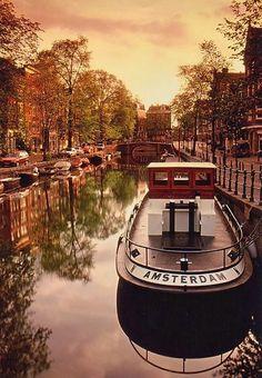 architecturia:  Amsterdam lovely art