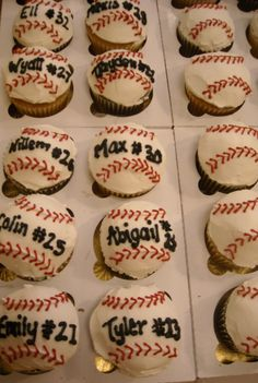 For end of season t-ball party! With their names and numbers! So cute for Tyler Childress Childress Richardson Dominguez Baseball Treats, Baseball Cupcakes, Baseball Party, Soccer Party, Baseball Season, Baseball Mom, Cupcake Cookies, Sugar Cookies, Cake Creations