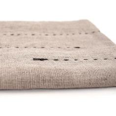 Gray-Dotted Hemp Bath Towel