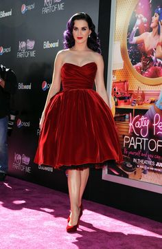 Katy-Perry-Red-Dolce-