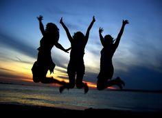 Happiness ~//~ Felicidade  ...