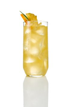 43 Pineapples: 1 Parts Licor Parts Luksusowa Vodka, 6 Parts Pineapple Juice. Shake and strain over fresh ice in a highball glass and garnish with an orange wheel. Orange Wheels, Cocktail Menu, Highball Glass, Pineapple Juice, Vodka, Orange Orange, Orange Things, Shake, Recipes