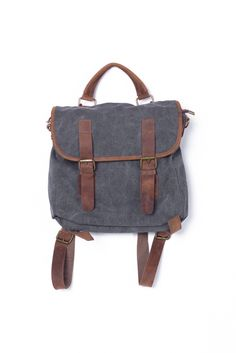 Sawyer backpack, convertible to messenger bag with vintage look and feel.