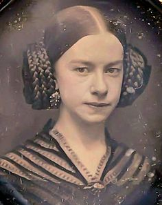 .God I wish this hairstyle could ever be usable without a Star Wars reference.