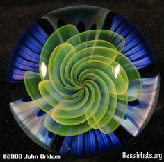 Implosion Marbles - Glass Artists.org