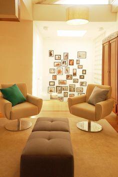 Décor do dia: móvel centenário na sala (publicado no site da Casa Vogue Brasil)