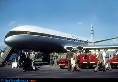 The De Havilland Comet is one of my favourites. I make a Comet brooch. http://www.airteamimages.com/pics/115/115101_800.jpg