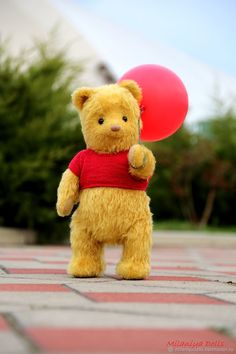 Winnie The Pooh, teddy bear, Winnie-the-Pooh, Christopher robin 2018 bear Winnie the Pooh is approximately 39 cm in). Features of Winnie the Pooh toy: – It's made of German mohair Shulte. Winnie The Pooh Pictures, Winne The Pooh, Winnie The Pooh Plush, Winnie The Pooh Quotes, Winnie The Pooh Friends, Disney Winnie The Pooh, Mickey Mouse Wallpaper Iphone, Disney Wallpaper, Teddy Bear Toys