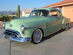 Oldsmobile Holiday 88