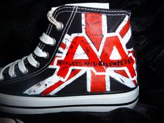 Asking Alexandria high tops this is a must have cx Band Outfits, Scene Outfits, Emo Outfits, Vans Boots, Band Merch, Band Tees, High Top Boots, Rocker Girl, Asking Alexandria