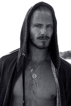 Alexander Ludwig. I don't know what's happening to me. I am never attracted to blond dudes. Ever. But this dude, and Fimmel. Their sorcery has made me stare.