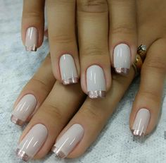 New glitter french manicure ideas beauty 47 ideas Elegant Nails, Classy Nails, Fancy Nails, Gold Nails, Diy Nails, Great Nails, Cute Nails, Nail Deco, Nail Art Vernis